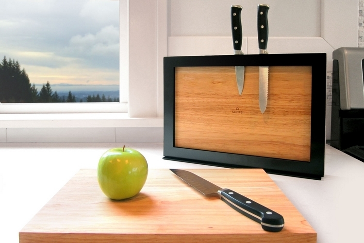 The Stylish ILoveHandles Chops Board